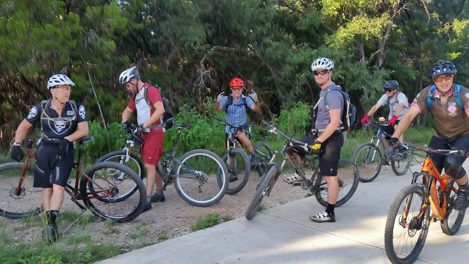 mountainbikingforumwall.jpg