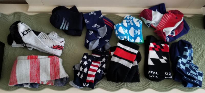 socks.thumb.png.cc55bc7b33db9f3a413ead5593eaac4d.png