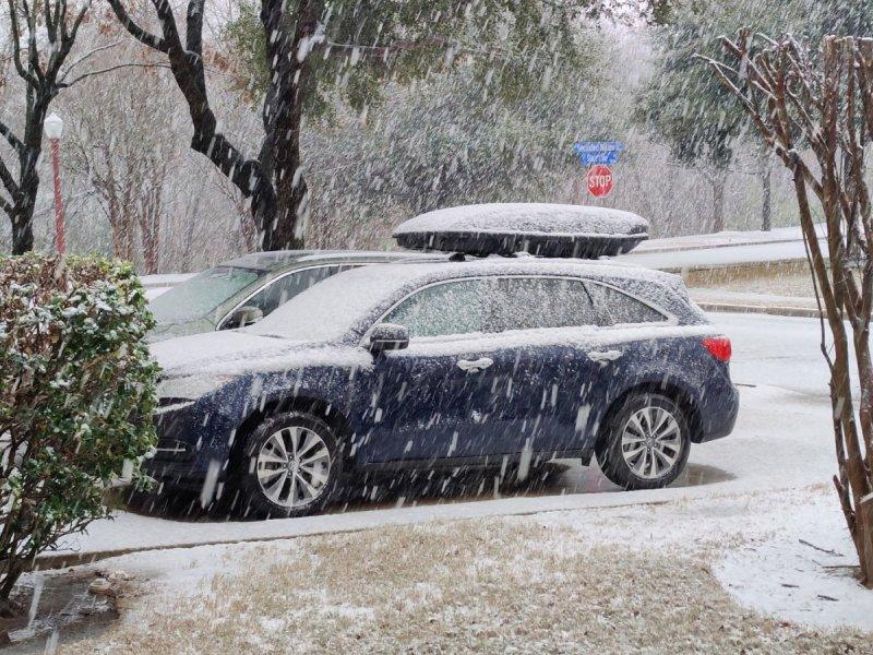 snow6.thumb.jpg.adf16e8bdfdb5269e6f1b9b5b7bcc077.jpg