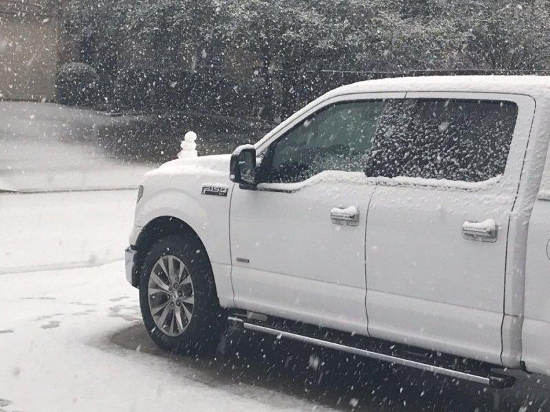 snow8.thumb.jpg.e619d44274f844bc8af937433fcb8895.jpg